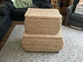 Set of 2 wicker storage chests