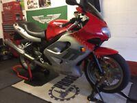 W reg Triumph TT 600 super sport