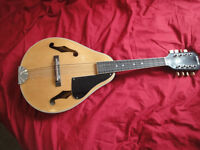 Eros Mandolin 8 STRING new shape in fairly new condition NO CASE