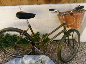 Womens vintage bike, dark green with basket