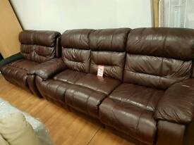 3 +2 leather sofa can deliver
