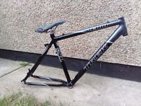"Trek 4300 bike bicycle frame 19.5"" \ 49.5cm great condition"