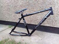 "Trek 4300 bike bicycle frame 19.5"" \ 49.5cm great condition"