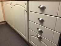 £5!! Set of Shaker Style Kitchen Cupboard Doors