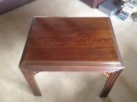 Solid mahogany occasional coffee tables By American Lane Furniture set of 2, Chinese influence