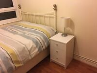 Refurbished single room with double bed, 2mins walk from South Wimbledon Station