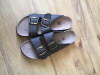 Summer footwear ( brukinstock style )