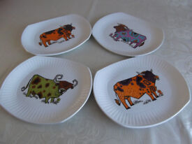 RETRO SET OF 4 'BEEFEATER' STEAK AND GRILL PLATES - 1970.s