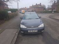 56 Plate Ford Mondeo Estate for spares or repairs.