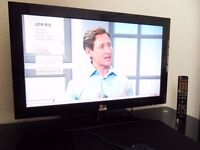 "LG 32LD490 - 32"" LED FreeviewHD TV"