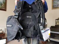 Brand new Mares diving vest
