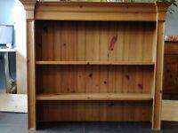 Pine dresser top / Shelves