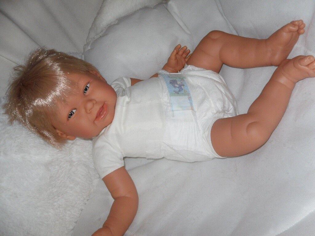 Traumdolls Baby Puppe Antonio Juan Martina 50 cm Spielpuppe Kinderpuppe Puppen