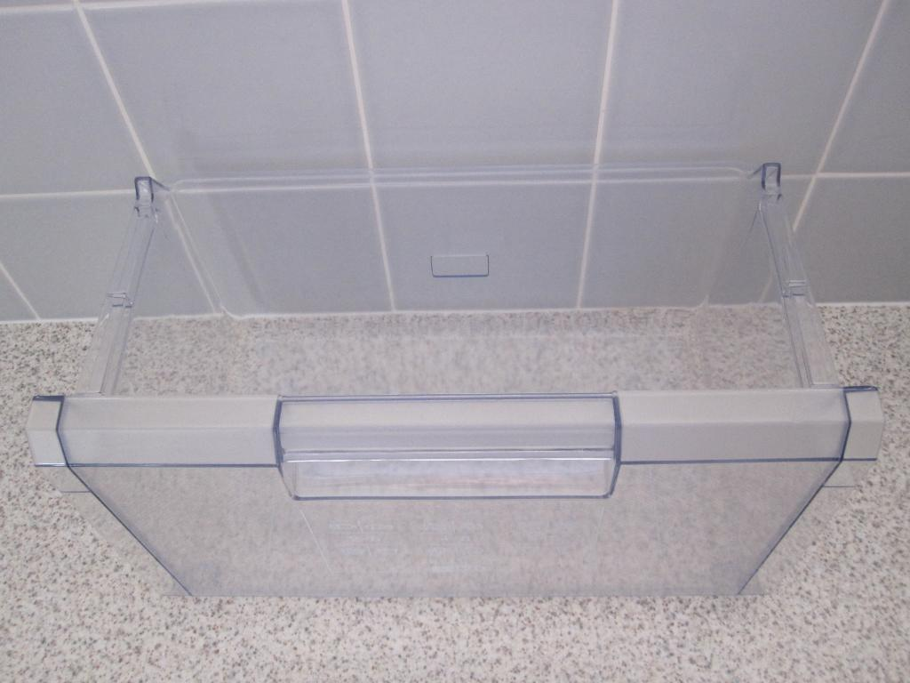 Bosch Kgv Classixx Fridge Freezer Spare Drawer And Shelves