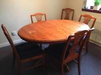 Solid Extendable Table and 6 Chairs.