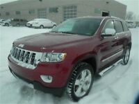 2013 Jeep Grand Cherokee Overland - Mint condition
