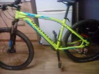 Specialized pitch sport hard tail with fluids brakes 150