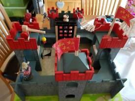 Kids wooden castle