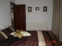 STUNNING VERY BRIGHT AND SPACIOUS DOUBLE ROOM WITH BALCONY AND LOVELY VIEWS, MOST BILLS INCLUDED!!!