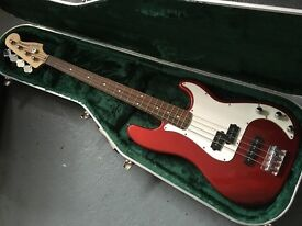 Fender Bass, Case and Amp