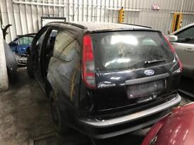 Ford Focus Mk2 Black estate breaking for spares bonnet bumper wing headlight