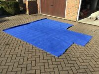 Blue Carpet With Underlay : Good Condition : Bargain