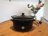 3.2L slow cooker in perfect condition