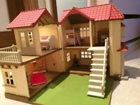 Sylvanian Families - beechwood hall with furniture and accessories