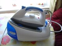 Iron / steam iron by Morphy Richards, VGC, little use