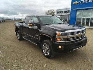 2015 Chevrolet Silverado High Country 2500 4WD High Country - 6.