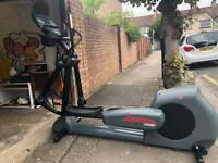 Life fitness next generation 9500 cross trainer