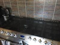 Belling Range Cooker - 90cm Double oven, 7 gas rings, grill & plate warmer. Extractor fan included.