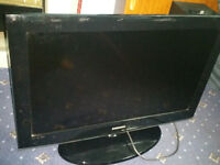 Samsung 32 Inch HD TV with remote.