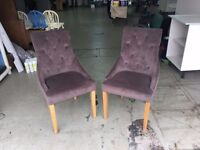 Pair of cushioned chairs (Sable brown)