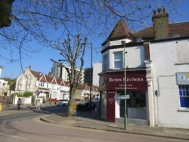 Top floor recently built spacious studio flat available end of April in North Finchley.