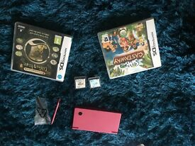 Pink Nintendo dsi with games