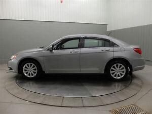 2013 Chrysler 200 TOURING A/C MAGS TOIT OUVRANT West Island Greater Montréal image 10