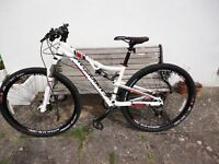 Mens Mountain Bike ( Cannondale )