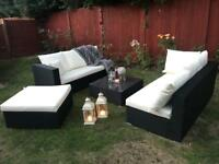 Beautiful trendy Artelia garden lounge set