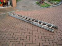 Wooden double extension ladder
