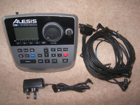 Alesis DM8 - High Definition Drum Module with 750 Dynamic Articulation™ sounds + Cables.