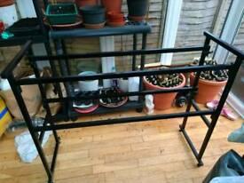 Portable shelving