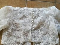 Ivory pretty lace brides dress jacket size 18