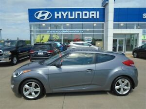 2014 Hyundai Veloster local trade, LOW KMs 115* BI-WEEKLY