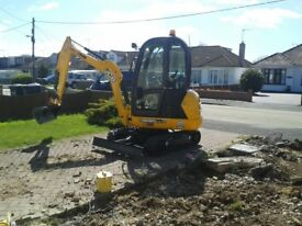 SUPERIOR **MINI DIGGERS** MINI DIGGER AND DRIVER HIRE **FROM £ 225.00 PER DAY ********