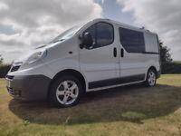 Vauxhall, VIVARO, Panel Van Camper Crew van low miles
