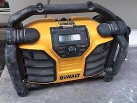 Dewalt dab digital radio dcr017 240v