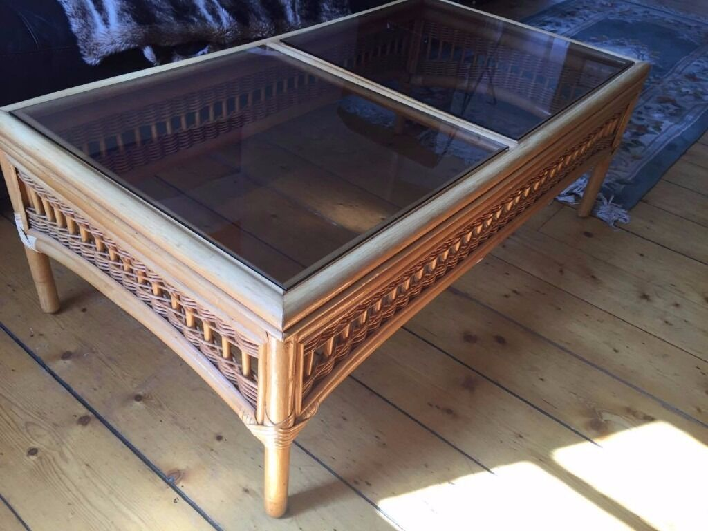 Coffee table in perfect condition pick up only in new for Coffee tables gumtree