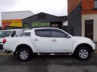 Finance Me!!!63 Plate Mitsubishi l200 Trojan Diamond white 4X4 with only 23,000 NO VAT (52)