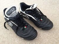Football / Sports boots, astroturf, no studs. V good condition, size 6